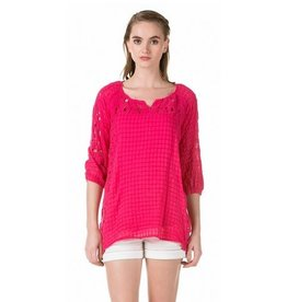 Monoreno Lightweight Gauze Top w/ Embroidery Detail & Detachable Tank Fuchsia