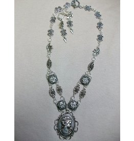 Sharon B's Originals Ant. Silver Cameo Pendant w/ 2 Strands w/ Earrings