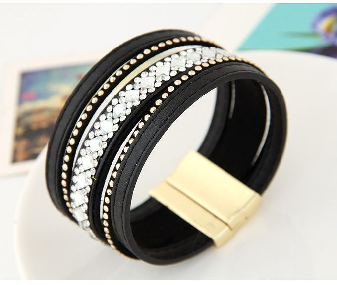Faux Leather Magnetic Wrap Bracelet in Black