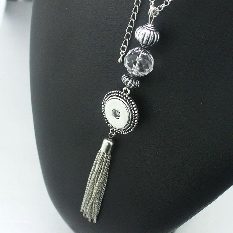 Snap Tassel Necklace
