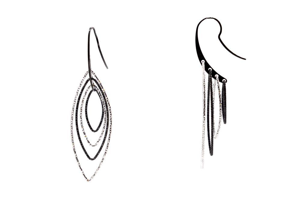 In-Motion Oval Diamond Tuxedo Earrings