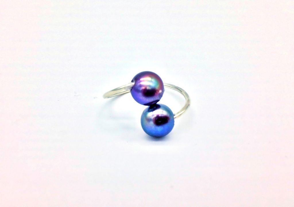 Blue Bead Hawaiian Ring