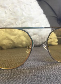 Trendy Silver Thin Framed Sunglasses with Yellow Lenses.