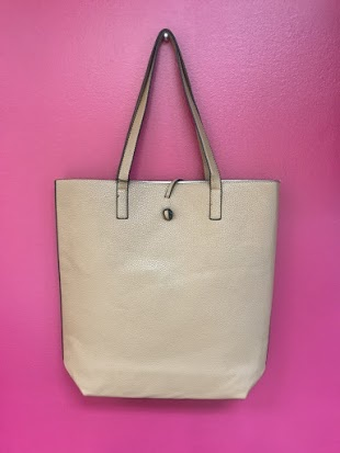 Cute Beach Tote Bag in Tan