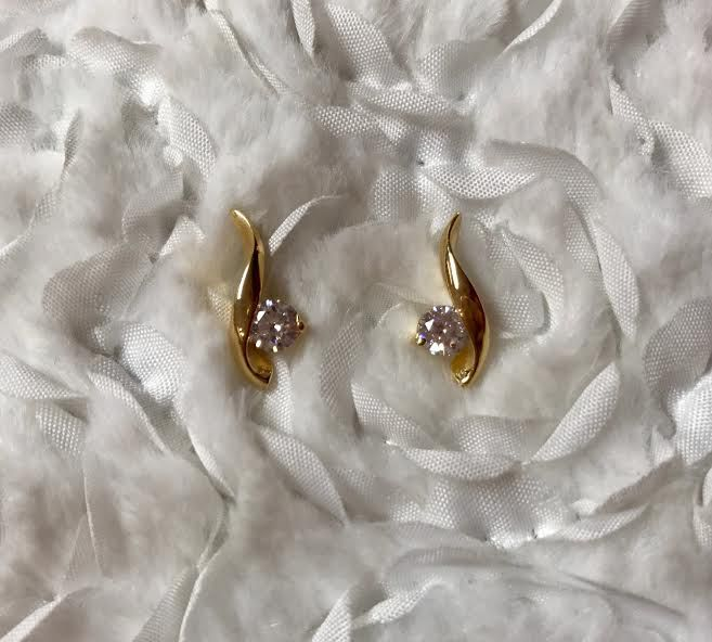 Gold Wave and Round Cubic Zirconia Diamond Earrings