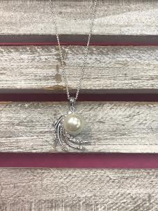Triple Cubic Zirconia Necklace with Pearl in Middle