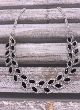 Silver Rhinestone Necklace with Leaf Pattern