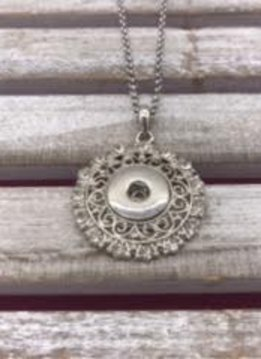 18mm Snap Necklace with Fancy Pendant