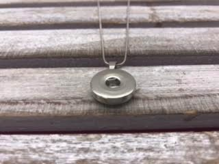 18mm Simple Snap Necklace