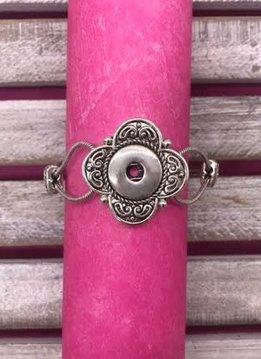 Silver Four Leaf Clover Snap Bracelet