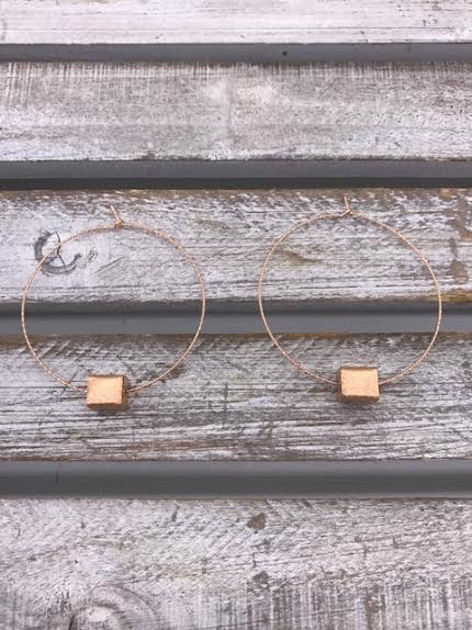 Rose Gold Twisted Hoop Earrings with Rose Gold Squares