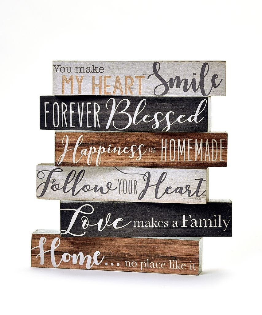 "Short Desk Block ""Love Makes a Family"""