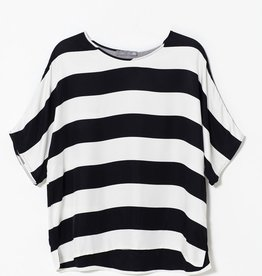 ELK Elk Black And White Loose Fit Top