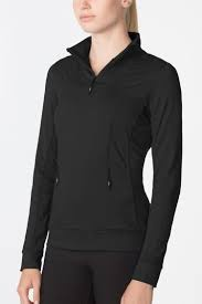 MPG Using Propellite® technology, this pullover reveals a reflective pattern when light hits it at night. Inserts of power mesh add airflow when you start to sweat. Front invisible pockets making holding keys or cards easy.