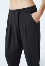 MPG Control Twist Pleat Pant