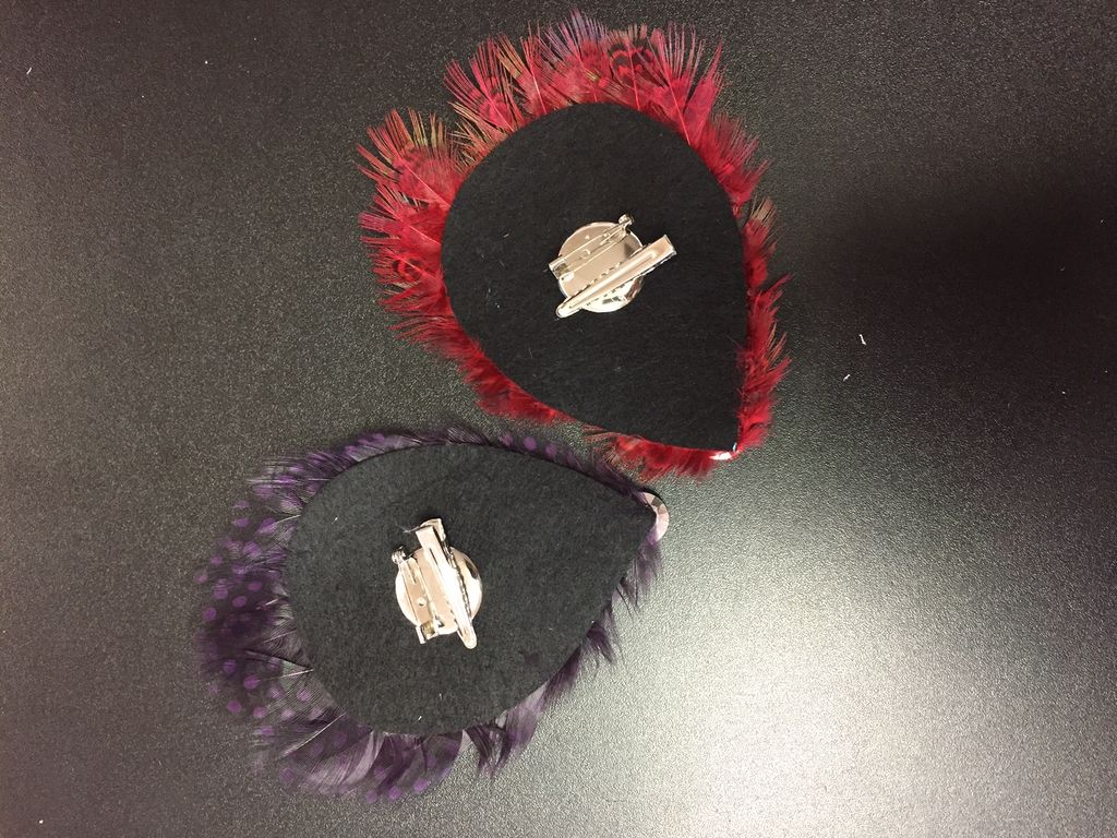 Fantastic feather hair clips