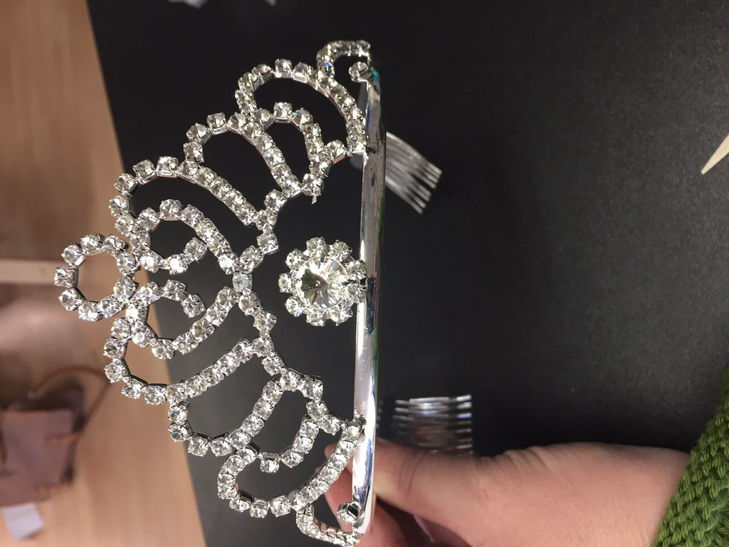 Tiara With Comb 7 inches