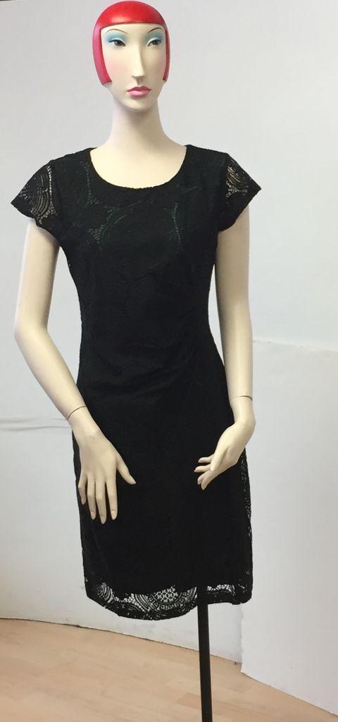 Smashed Lemon Smashed Lemon Pleated Waist Lace Dress