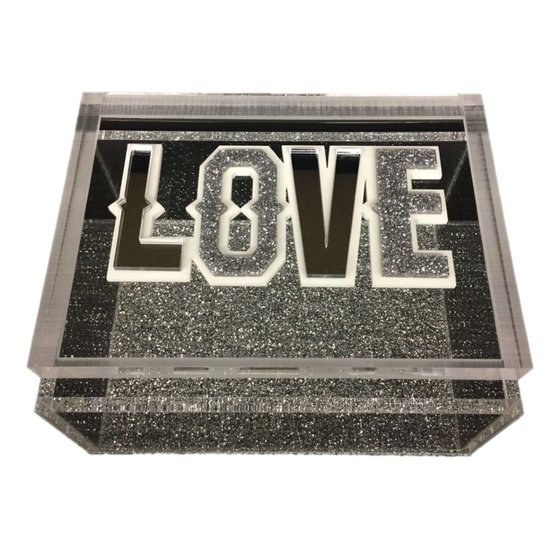 CH LUCITE BOX | LOVE
