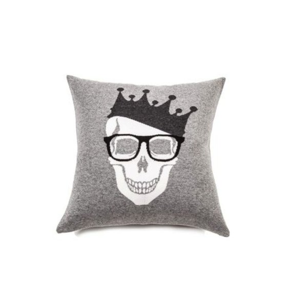 SKULL WITH CROWN PILLOW   GREY & BLACK