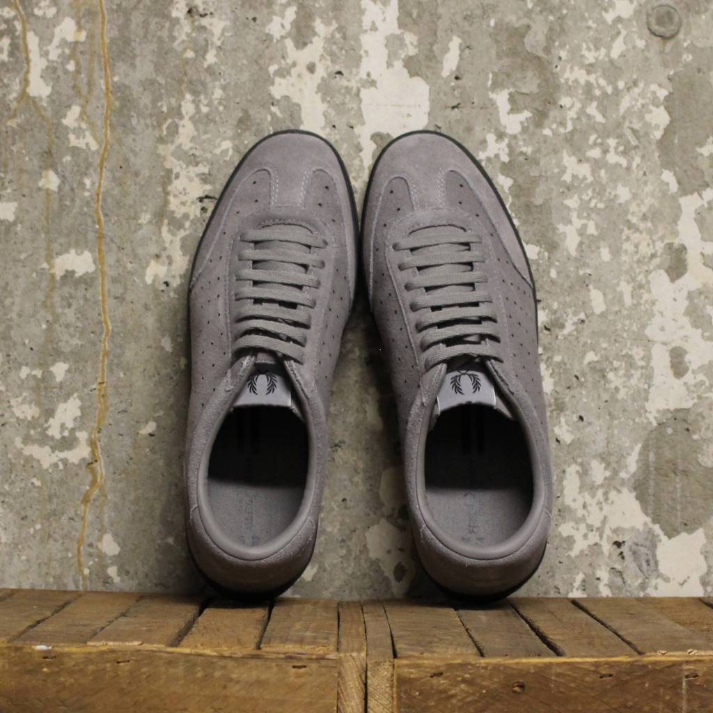 Fred Perry Fred Perry Umpire Suede - C53 Falcon Grey/Black