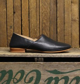 Ten Points Ten Points New Toulouse Loafer - Black