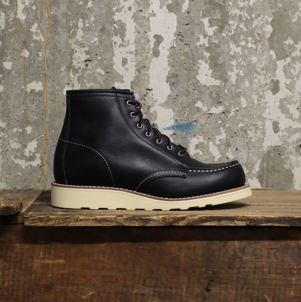red wing black single women Red wing safety boots and industrial boots are the toughest,  footwear for your employees  women's 9-inch logger-lineman black red wing.