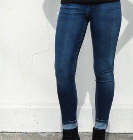 Florence Jeans in Warner