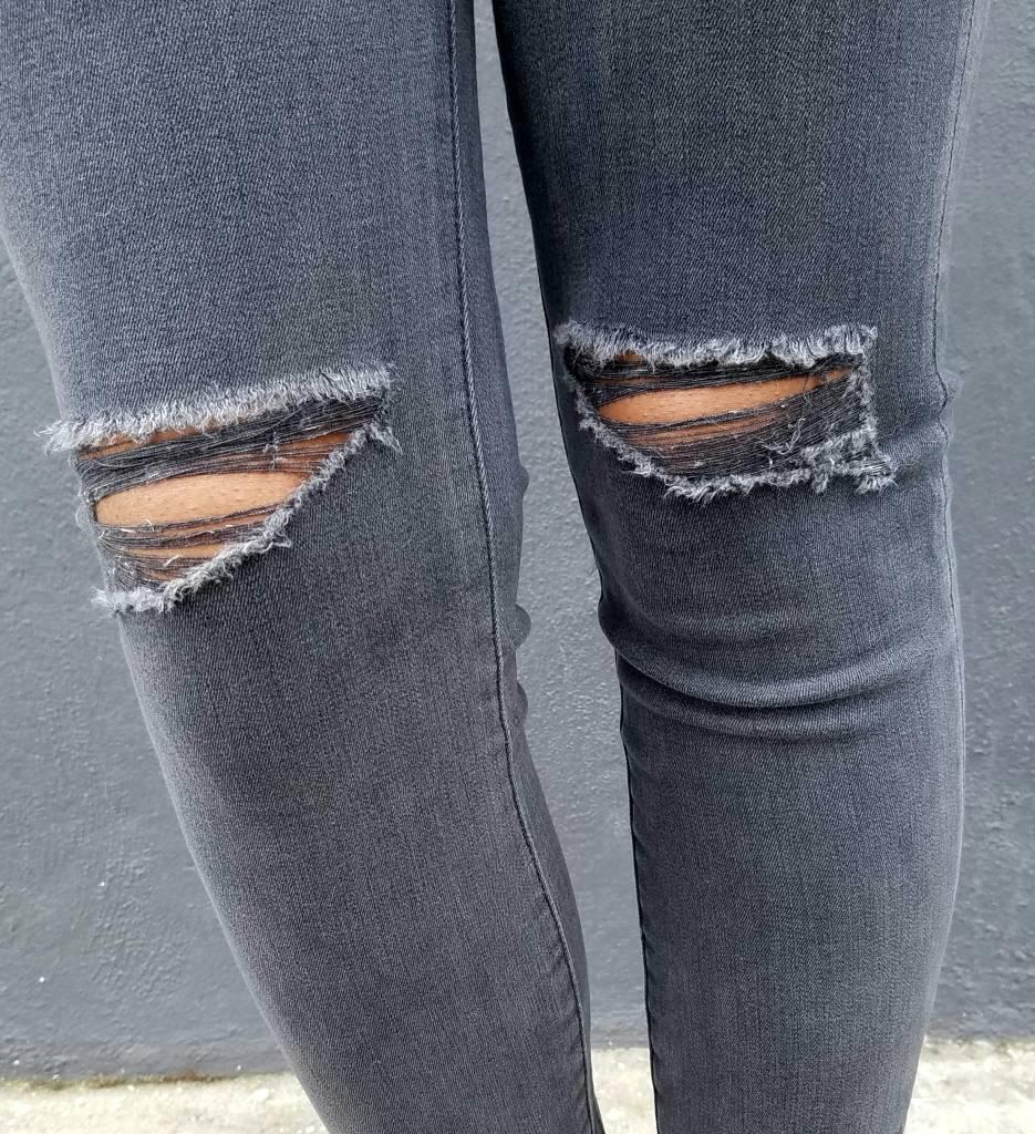 DL1961 Farrow Ankle Jean in Nimbus