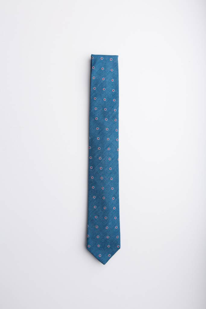 Manhattan Dot Necktie in Blue