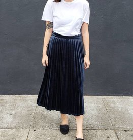 Just Female Clara Velvet Skirt