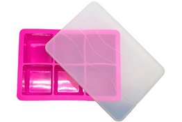 Ice Cube Tray PINK 4.8 x 4.8cm