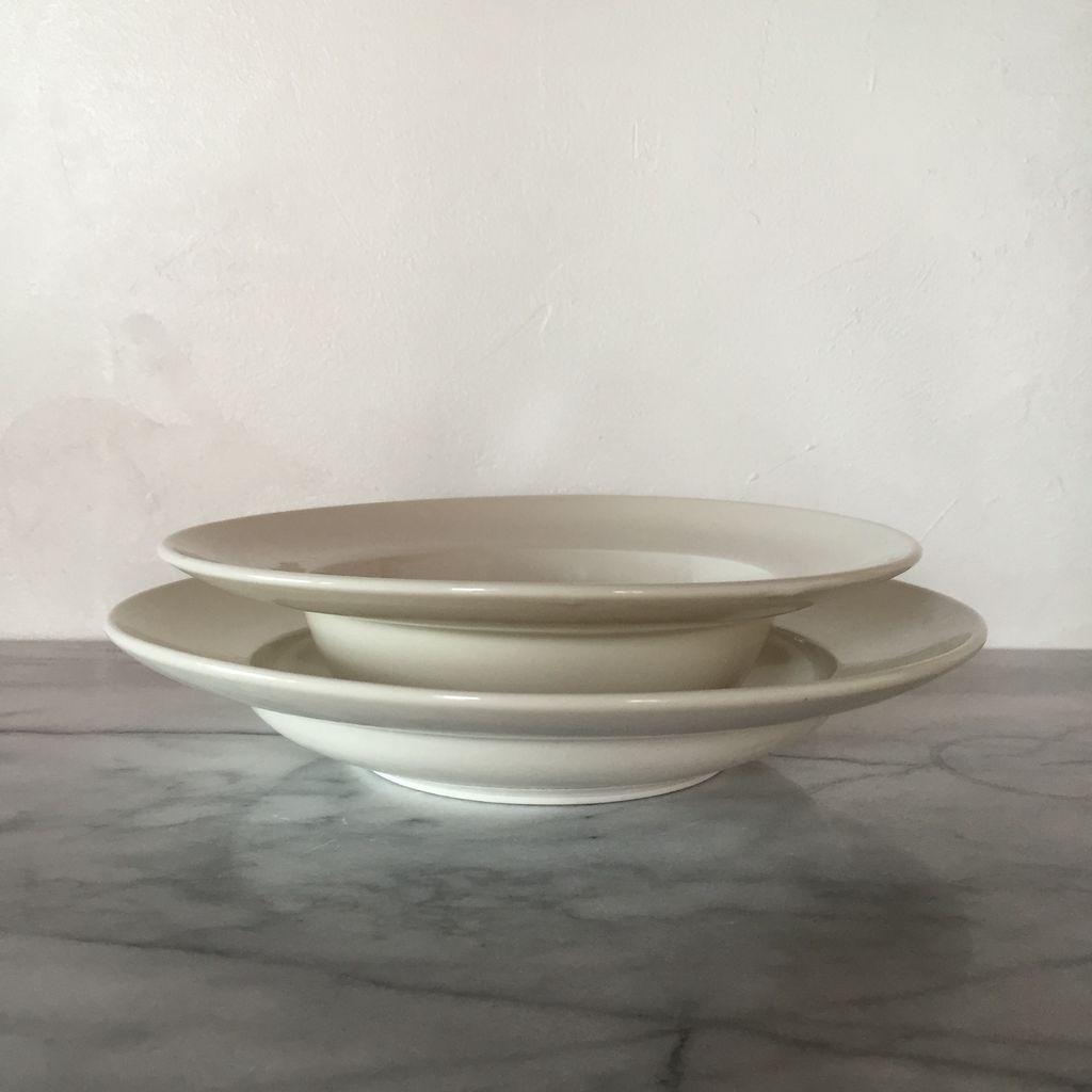 John Julian John Julian Plain Porcelain Deep Bow -  8.6D