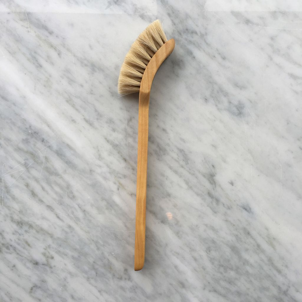 Swedish Long Handled Curved Dish Brush - Soft Horsehair