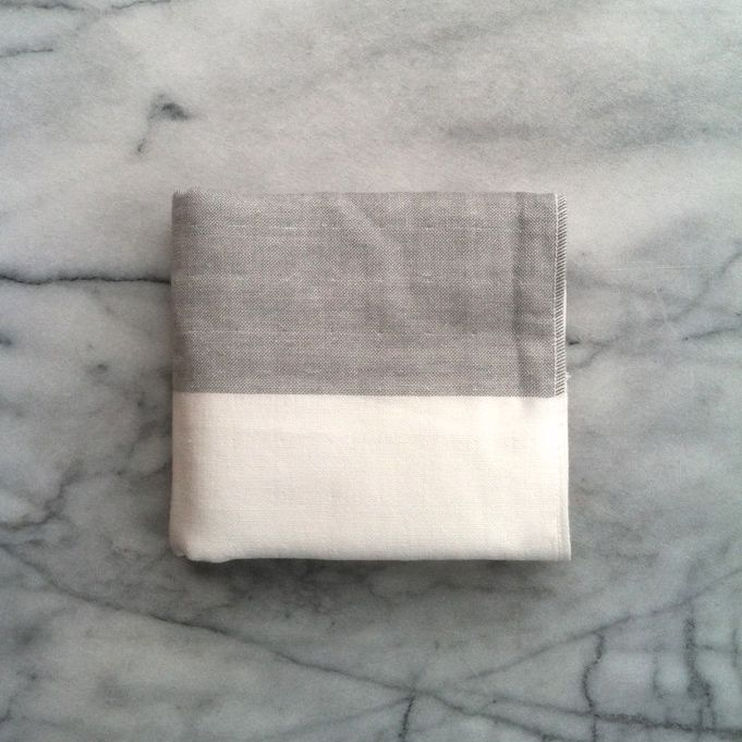 Two Tone Chambray Bath Towel - Light Grey and White - 25 x 51 in.