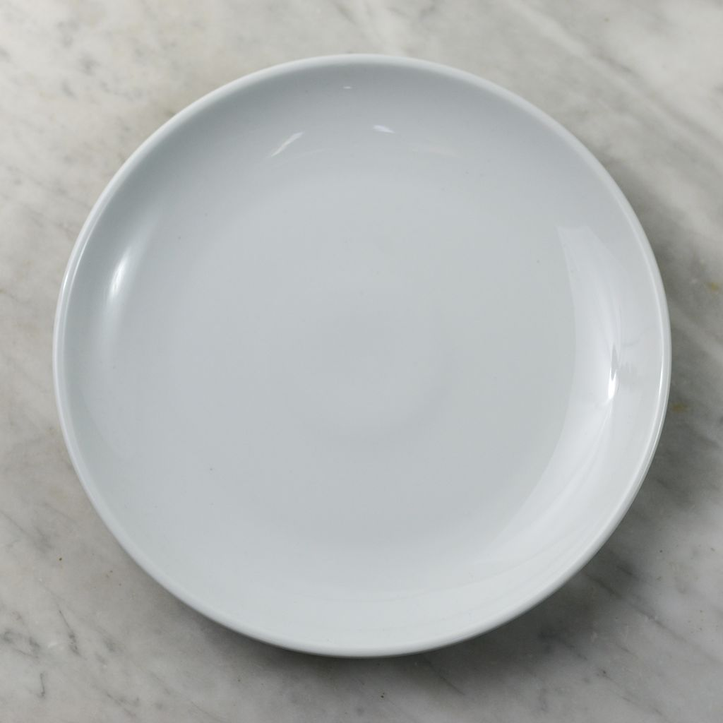 Everyday Dinner Plate - White - 9.5 in. & Everyday Dinner Plate - White - 9.5 in. - The Foundry Home Goods
