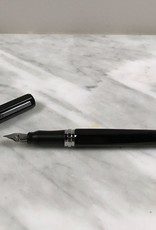 Ohto Dude Fountain Pen - Black