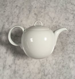 Porcelain Tulip Handled 32oz Teapot