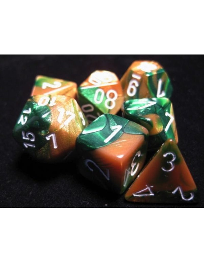 Chessex CHX26425 7 Set Gemini Gold-Green with White
