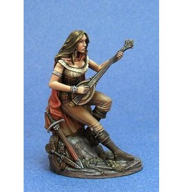 Dark Sword Miniatures EM Female Bard with Lute