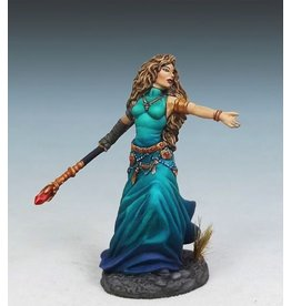 Dark Sword Miniatures VIF Female Mage with Staff
