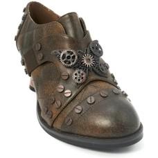 Hades Footwear Icon