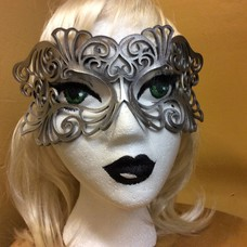Tom Banwell Designs Coquette Leather Mask in Silver