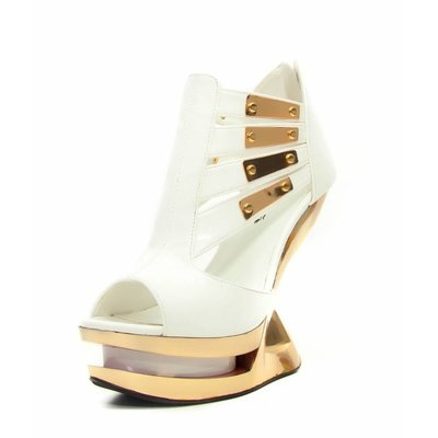Hades Footwear Nebula