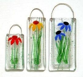 Daisy Wall Vase