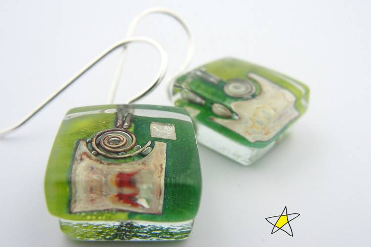 Green Garden Snail Cube Earrings