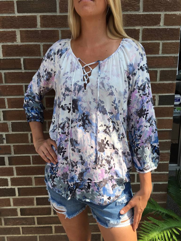 LOVE STITCH LOVESTITCH GREY FLORAL TOP