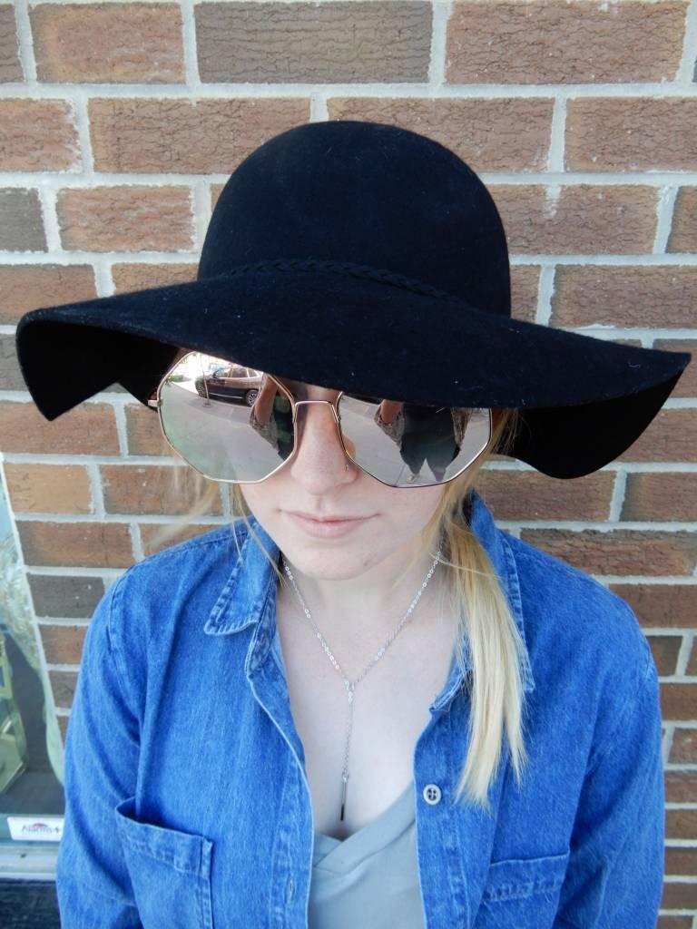 FLO WOOLD HAT