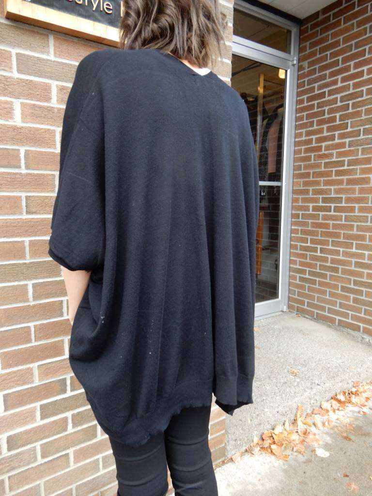 CEST MOI CLOTHING BLACK OVERSIZED CARDI