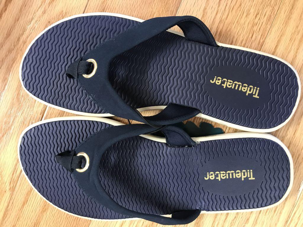 Q1011 Portland Navy Sandals Size 11
